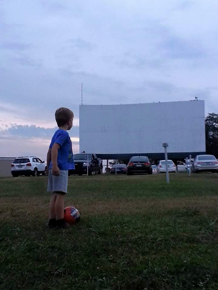 Brownsville Drive-In (drive-in photo)